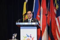 Remarks by PM of the Lao PDR at the Closing Ceremony of the 27th ASEAN Summit and Related Summits and Handing Over of the ASEAN Chairmanship to the Lao PDR